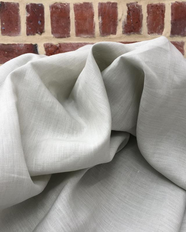 Washed linen fabric in 300 cm Green Grey - Tissushop